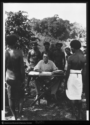 http://lbry-web-002.amnh.org/san/to_upload/Beck-PapuaNewGuinea/NG-5x7-negs/115615.jpg