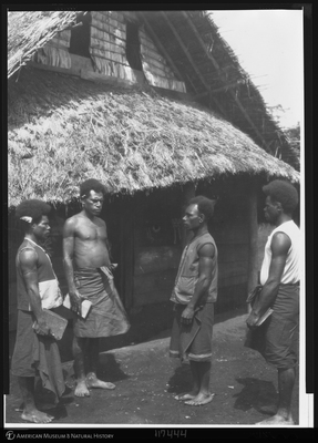 http://lbry-web-002.amnh.org/san/to_upload/Beck-PapuaNewGuinea/NG-5x7-negs/117444.jpg