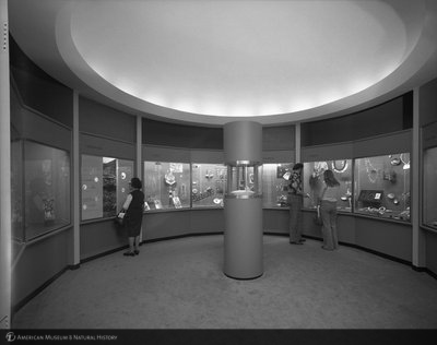 http://images.library.amnh.org/d/t/4x5/0001/02A11521_l.jpg