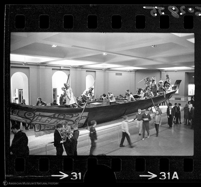http://lbry-web-002.amnh.org/san/to_upload/35mm_halls_new/602855_31.jpg
